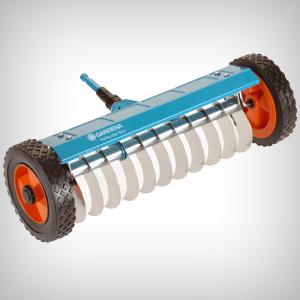 Aerator manual gazon cu roti COMBISISTEM